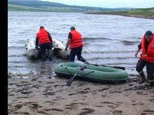 pompierii au mers la cautari cu barca