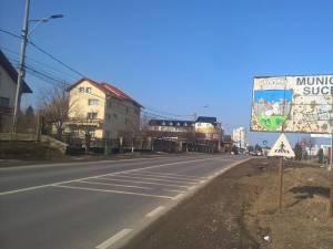 Cușnir demonstrează cu semnul de intrare în Suceava faptul ca oraşul nu este unul frecventabil