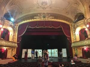 """Actorii Teatrului """"Matei Vișniec"""" Suceava vor juca pe scena Teatrului Dramatic """"Olga Kobileanska"""" din Cernăuți"""