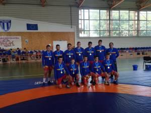 Echipa de lupte cadeţi LPS Suceava a câştigat titlul de campioană naţională a României