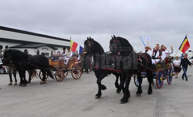 Convoiul Căruţelor a marcat 660 de ani de legături dintre Transilvania şi Moldova