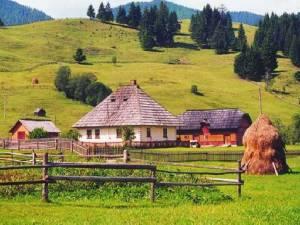 Elogiul satului tradițional românesc
