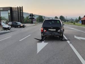 Autoturismul lovit violent din spate