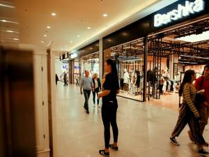 Primul magazin Bershka din Suceava , deschis în Iulius Mall