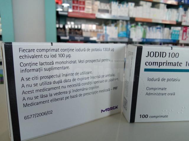 Zeci de suceveni au fugit la farmacii după pastile cu iodură de potasiu