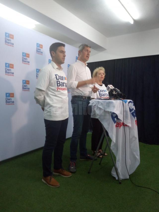 Adrian Radu Rey, Dan Barna şi Teodora Munteanu