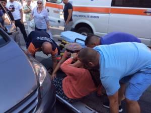 Bătrână a fost transportată cu o ambulanţă la spitalul rădăuţean, unde a fost diagnosticată cu fractură bimaleolară dreapta