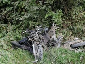 Motocicleta condusă de tânărul de 18 ani