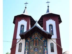 """Biserica """"Sfinţii Împăraţi Constantin şi Elena"""" din Gura Humorului"""
