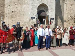 La deschiderea Festivalului de Arta Medievala din Soroca, primarul Ion Lungu a transmis salutul Cetății de Scaun a Sucevei