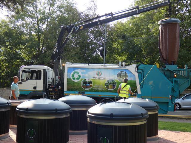 Cel mai modern sistem de colectare al gunoiului menajer a fost implementat de asocierea Diasil – Ritmic, la Suceava
