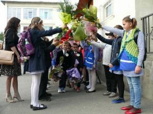Tot mai mulţi elevi se întorc din străinătate