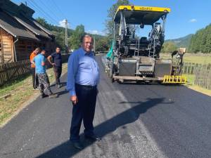 Gheorghe Flutur a continuat verificarea lucrărilor de modernizare a drumurilor judeţene