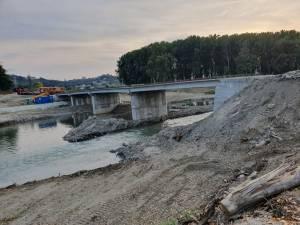 Cel de-al treilea pod peste apa Sucevei are o lungime de 104,4 m
