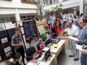 Cele mai interesante proiecte de știință ale elevilor din România, prezentate la Suceava