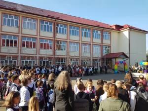 Primarul Ion Lungu a participat la deschiderea anului școlar 2019 - 2020 la 16 unități de învățământ 2