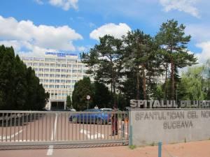 Tânărul a fost transportat la Spitalul Judeţean Suceava