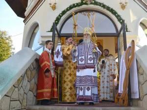 Liturghie arhierească la hramul Mănăstirii Cămârzani
