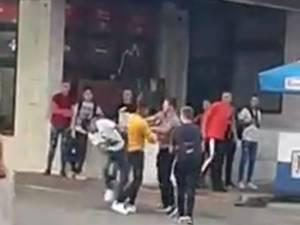 Șase tineri au fost implicați în altercație
