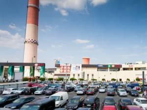 Baclava savuroasă, kebab delicios, tantuni, înghețată și cafea la nisip, la Târgul produselor turcești, deschis la Iulius Mall Suceava