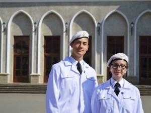 Elev Andrei Andriese și elev Teodora Țăran