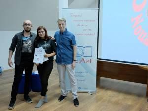 Sorina Rîndaşu alături de Radu Herjeu (dreapta) - organizatorul concursului