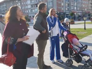 Celebra atletă Cristina Casandra alaturi de voluntarii actiunii Lets Do It Romania 3