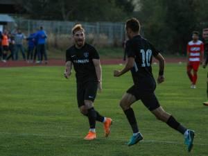 Alecsandru şi Plămadă au conlucrat excelent la primul gol al Bucovinei. Foto Cristian Plosceac