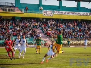 Atmosfera de la meciul cu Gaz Metan a adus aminte de vremurile de altădată. Foto: Costi Solovastru