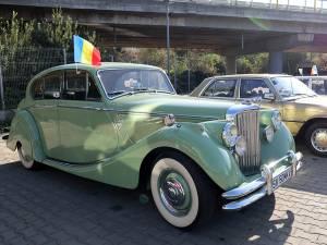 Vedeta paradei a fost un Jaguar MK V 1949, aparţinând lui Iulian Todirică