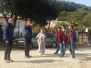 Viceprimarul Marian Andronache, la verificarea în teren a lucrărilor de pe strada Mihail Sadoveanu