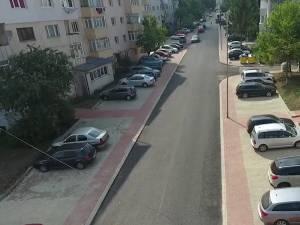 Strada Viitorului, din cartierul sucevean Obcini, refacuta prin programul de modernizare de la scara blocului 2