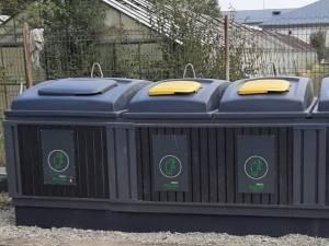 Prima platformă îngropată pentru colectarea deșeurilor, pe strada Pictor Rusu Arbore, în cartierul ANL Petrom