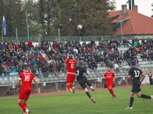 Duelul dintre Bucovina și Oțelul s-a încheiat cu succesul echipei vizitatoare. Foto Cristian Plosceac