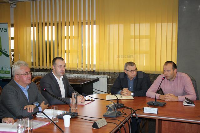 Furnizarea căldurii în Suceava, discutată marţi, la şedinţa cu asociaţiile de proprietari