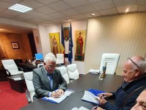 A fost semnat contractul pentru modernizarea şi extinderea cu parcare subterană a Pieţei George Enescu