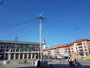 Noi instalații de iluminat vor decora centrul Sucevei, unde va fi organizat și Revelionul