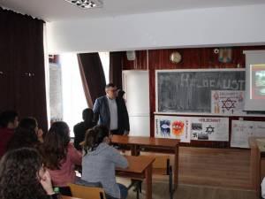 Ziua Naţională a Comemorării Holocaustului, marcată la Cajvana
