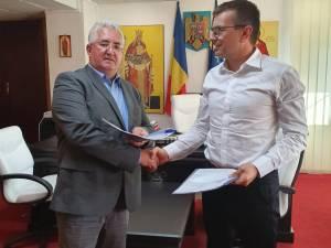 Contractul de proiectare şi execuţie a proiectului de alimentare cu apă şi canalizare a  cartierului Tatăraşi a fost semnat