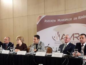 Primarul Ion Lungu, prezent la Comitetul Director extins al AMR, la Sibiu
