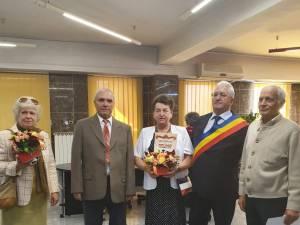 Primarul Ion Lungu si o parte dintre cuplurile de aur sărbătorite sâmbătă