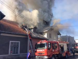 Incendiu în apropierea stației CFR Rădăuți