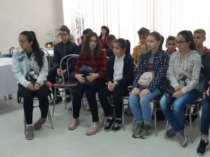 """Colegiul """"Spiru Haret"""" și școala din Grănicești, împreună pentru promovarea tradițiilor din zonă"""