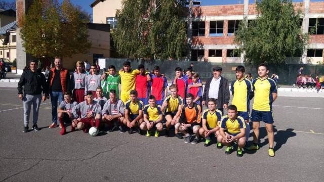 """Evenimentul sportiv """" Fotbal pentru toți"""", desfășurat la Centrul Școlar de Educaţie Incluzivă """"Sf. Andrei"""" Gura Humorului"""