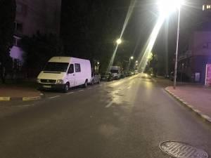 Dube parcate pe străzi în Suceava