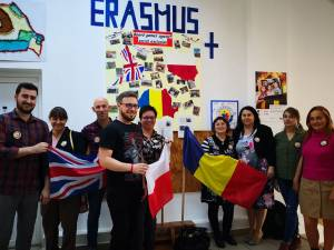 Profesori din Anglia și Polonia au descoperit frumusețile Bucovinei, printr-un program Erasmus