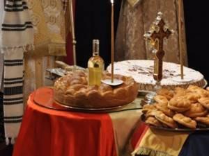 """În prima sâmbătă din luna noiembrie, Biserica Ortodoxă a rânduit să se facă pomenirea celor adormiţi, zi cunoscută în tradiţia românească şi ca """"Moşii de toamnă""""."""