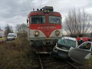 Impactul a fost violent, mai ales pasagerul din dreapta având multă șansă