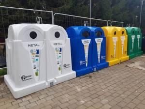 Containere de tip clopot, pentru plastic, hârtie, sticlă și metal, pentru reciclare selectiva, în toate cartierele Sucevei