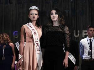Miss Boboc a fost desemnată de juriu eleva Giulia Șalup